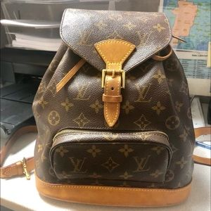 #sold# lv backpack size MM . Used